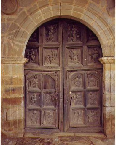 Puertas antiguas de madera puertas de madera for Fotos de puertas de madera antiguas