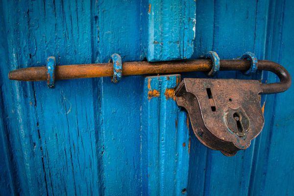 puertas antiguas restauradas