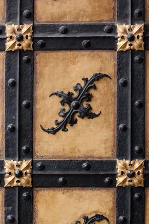que significa soñar con puertas de madera viejas