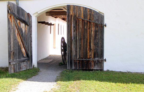 decorar puertas viejas de madera