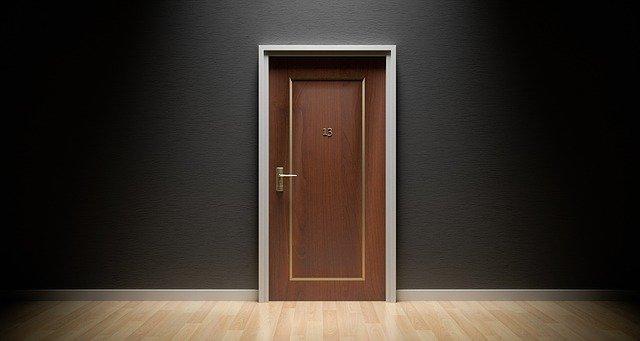 venta de puertas de madera baratas
