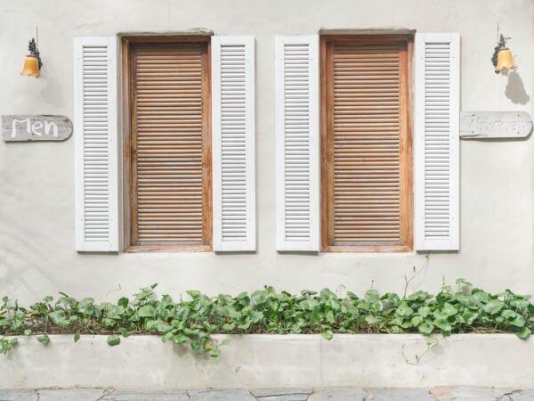 ventanas de madera adorno